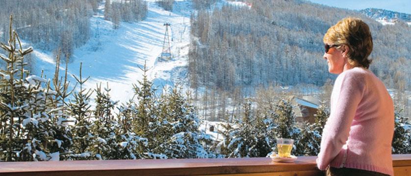france_serre-chevalier_hotel-plein-sud-view.jpg